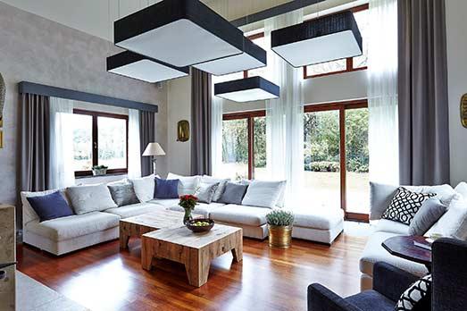 Lifting salonu w domu jednorodzinnym 150 m2, Koło